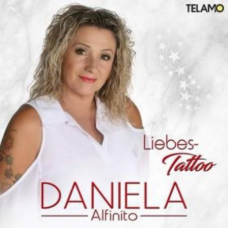 thumb_Daniela-Alfinito-Liebes-Tattoo